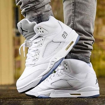 Bunchsun Air Jordan 5 Classic Men Casual Sport Running Basketball Shoes Sneakers White