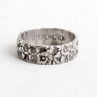 Vintage Sterling Silver Repousse Flower Ring - Size 7 3/4 Floral Eternity Cigar Band Forget Me Not Jewelry Hallmarked Uncas