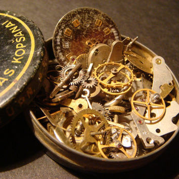Steampunk Supplies -Watch Wheels,Gears, Watch Faces and MORE-Assemlage, Scrapbooking  - Antique Watch Parts for Jewelry, Altered Art (514)