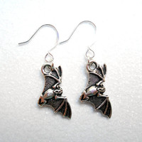 Antique Silver Bat Earring - Gothic Earrings - Halloween Jewellery - Night Creatures Accessory