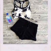 Work It Up Shorts- Black