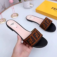 Fendi 2020 summer new flat bottom women's slippers shoes