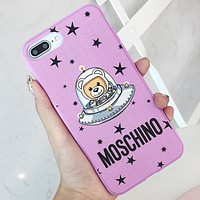 Moschino Tide brand stars astronaut bear iPhone Xr/7plus mobile phone shell all-inclusive soft shell pink