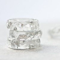 Resin Ring Silver Flakes Icicle Small Faceted Ring OOAK white minimalist jewelry rusteam