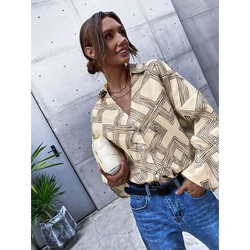 Geo Print Buttoned Blouse