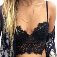 2016 Fashion New Womens Sexy Floral Crop Top Hollow Out Lace Crochet Bustier Corset Bralet Bra Black White Camis Plus Size S-6XL