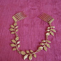 Gold Gilt leaf design hair chain on combs. Wedding / Bridesmaid / Flower Girl / Holy Communion / Pageant / Prom / Festivals
