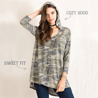 Winter Canyon Hooded Top