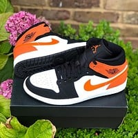Air Jordan 1 Mid men's and women's casual all-match sneakers shoes