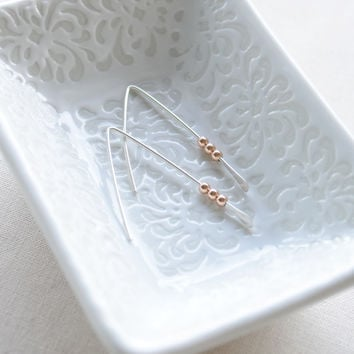 Simple Beaded Earrings in Silver Wires & Rose Gold Beads