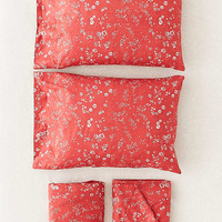 Scattered Floral Sheet Set | Urban Outfitters