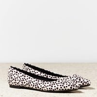 AEO Animal Print Pointed Toe Flat | American Eagle Outfitters