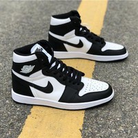 DCCK Air Jordan 1 Retro High OG Black/White
