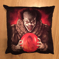 Pennywise clown 2017 - Faux Suede Cushion