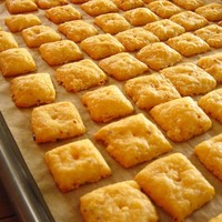 Melt-in-your-mouth Homemade Cheese Crackers!  In the kitchen with Kath