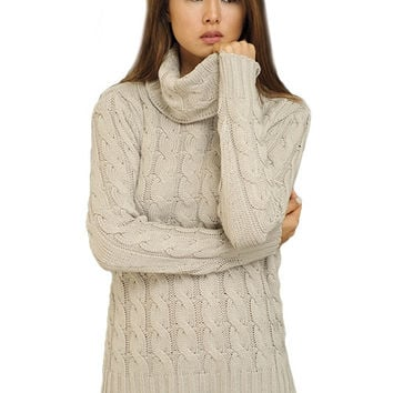 Timeless Classic Cable Knit Sweater - Light Grey