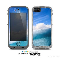The Sunny Day Waves Skin for the Apple iPhone 5c LifeProof Case
