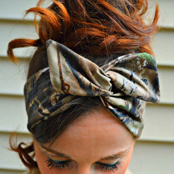 RealTree Camo Dolly bow headband, hair bow