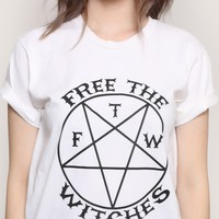FREE THE WITCHES UNISEX TEE