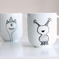 How to Decorate a Coffee Mug Using a Porcelain Marker - Tuts+ Crafts & DIY Tutorial