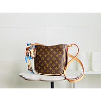 new lv louis vuitton womens leather shoulder bag lv tote lv handbag lv shopping bag lv messenger bags 933