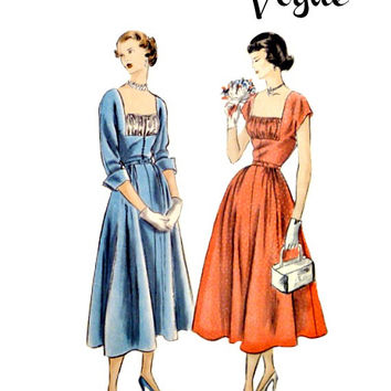 40s Vintage Vogue Sewing Pattern 3293 Flared Dress Deep Square Neckline Shirred Vestee Kimono Sleeves Unprinted Factory Fold Size 15 Bust 33
