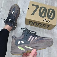 YEEZY BOOST 700 Flats Shoes Sneakers Sport Shoes