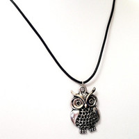 Silver Owl Necklace,  Large Antique Silver Owl Pendant Necklace, Owl Jewelry, Wise Owl, Natural Wildlife