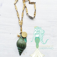Patina Hope Shell Gold Necklace