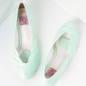 Mint Green Faux Leather Scalloped Kitten Heel