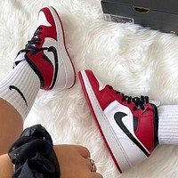 """Air Jordan 1 Mid """"Chicago"""" Red/White Sneakers Basketball Shoes"""