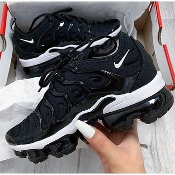 Nike Air Vapormax Plus Men and Women's Basketball Shoes Sneakers Shoes