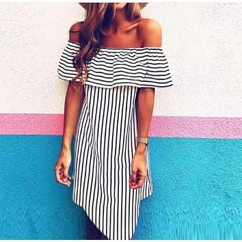2020 women's sexy striped leaky shoulder fashion one-shoulder dress