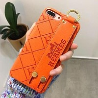 Hermes new leather pattern wrist iPhonexs max mobile phone shell letter Apple 11 wristband soft shell