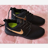 Nike Roshe Black Golden Run Sport Casual Shoes Sneakers Black golden hook