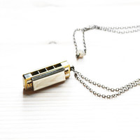 FS Playable Harmonica Music Necklace