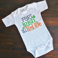 St. Patrick's Day Baby Onesuit - Newborn Baby Bodysuit - Unisex Baby Shower Gift for March Babies - Luck of the Irish - Four Leaf Clover