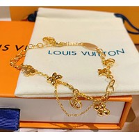 LV Louis Vuitton Hot Sale Women Delicate Stainless Steel Bracelet Hand Catenary