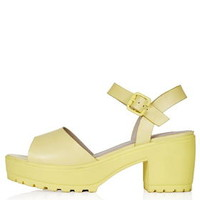 HATTY Cleated Sandals - Yellow