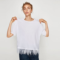 T-SHIRT WITH FEATHERS DETAILS