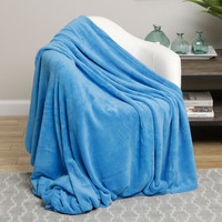 Ultra Soft Light Blue Design Queen Size Microplush Blanket