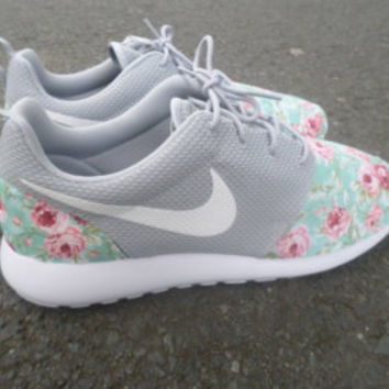 Custom Monogram Lilly Pulitzer Roshe Run