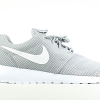 Nike Men's Roshe Run Wolf Grey