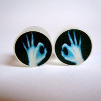 2g (6mm) A-Ok X-ray Hands Glow In The Dark Acrylic Double Flare Saddle Plugs