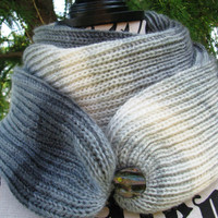 Knit multicolor scarf, FREE SHIPPING. open weave Knit Scarf with button, infinity scarf, Cowl, loop scarf. unisex, gift . gift for women