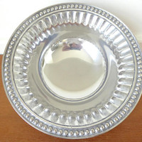 Wilton Armetale Flutes and Pearls 9 inch bowl, never used