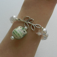 Mint Owl and Pearl Stretch Bracelet with Silver Leaf Charm and White Flower Bead