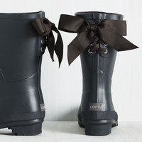 Good to the Last Raindrop Rain Boot in Black | Mod Retro Vintage Boots | ModCloth.com