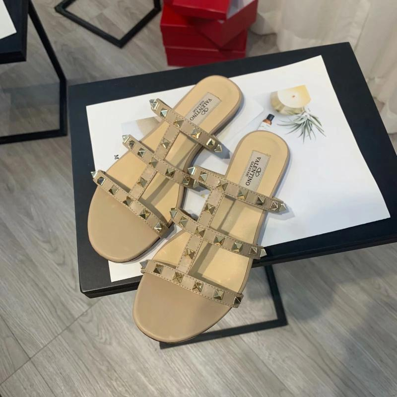 Image of Valentino Flat bottom willow nail sandals