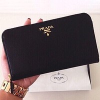 PRADA Classic Women's Trendy Leather Genuine Leather Wallet